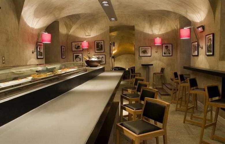 Hospes Palacio del Bailio - Bar - 8