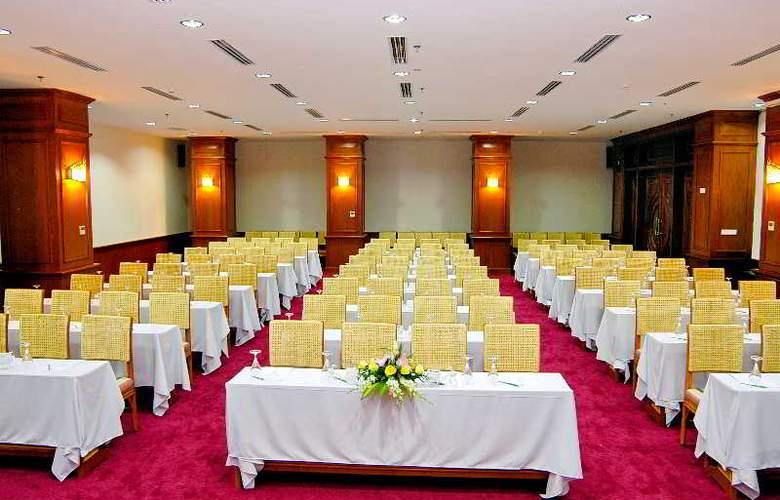 Green World Hotel Nha Trang - Conference - 45
