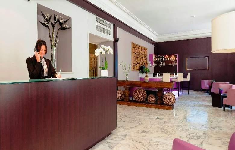 Quality Suites La Malmaison - General - 4