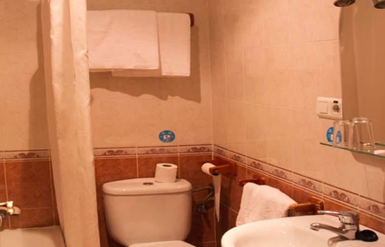El Pilar - Room - 11