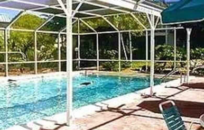 Sanibel Arms West Condominium - Pool - 0