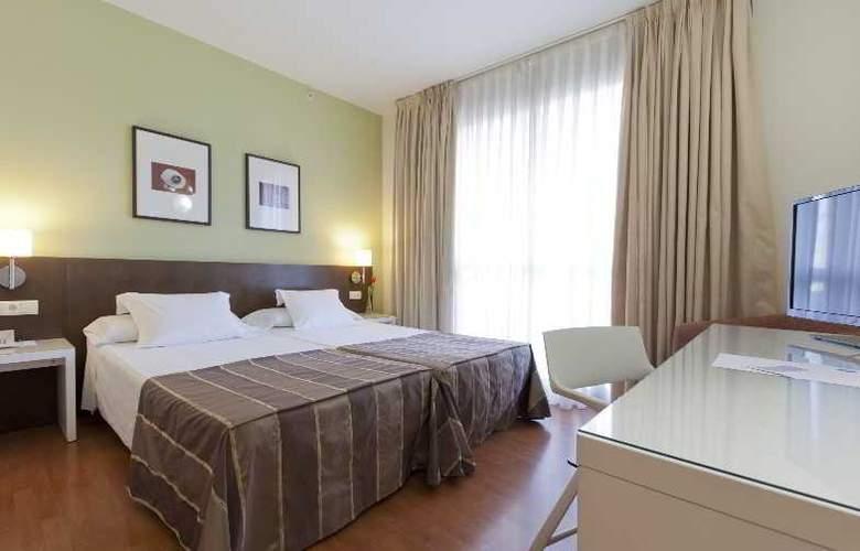 Vertice Sevilla - Room - 16