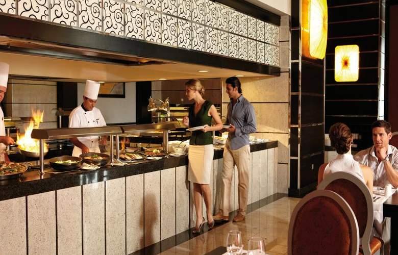 Hotel Riu Plaza Guadalajara - Restaurant - 31