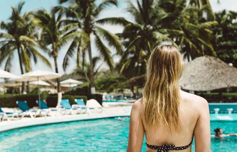 Suites Villasol - Hotel - 0