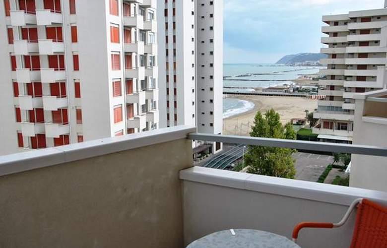 Ancora Appartamenti - Hotel - 4