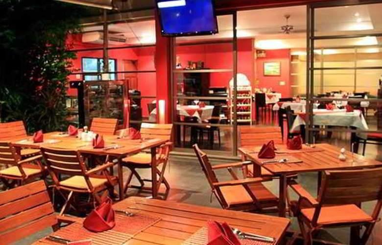 The Residence Resort & Spa Retreat - Restaurant - 12