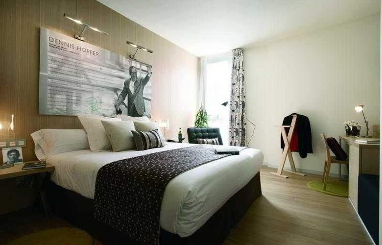 Astoria7 - Room - 2