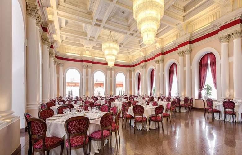 Grand Hotel Villa Politi - Restaurant - 12