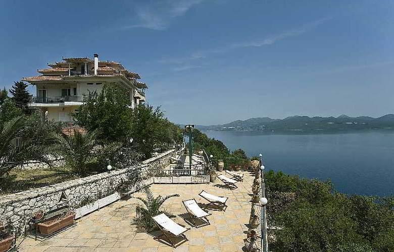 Villa Magemenou - Hotel - 4