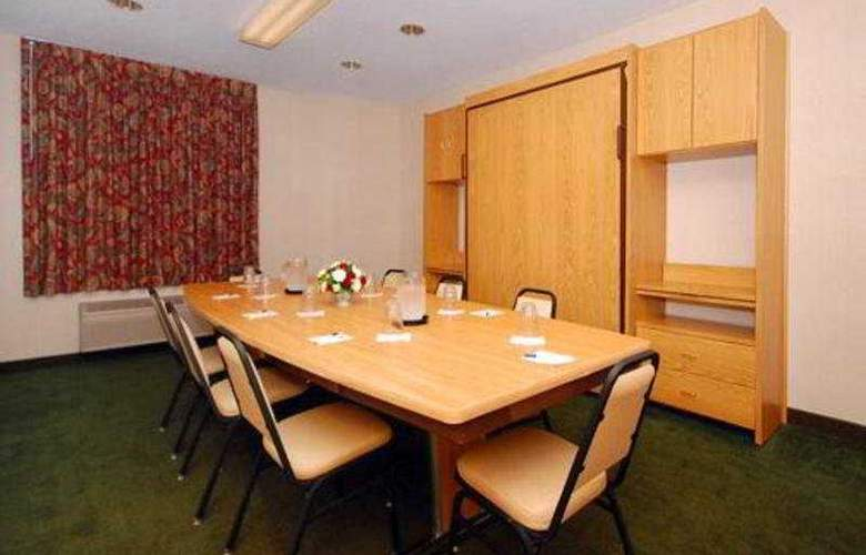 Sleep Inn & Suites Green Bay Airport - Conference - 5