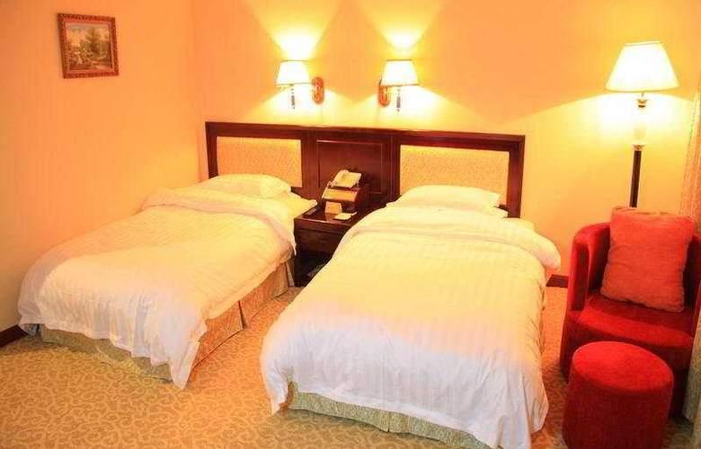 Galaxy Hotel - Room - 6