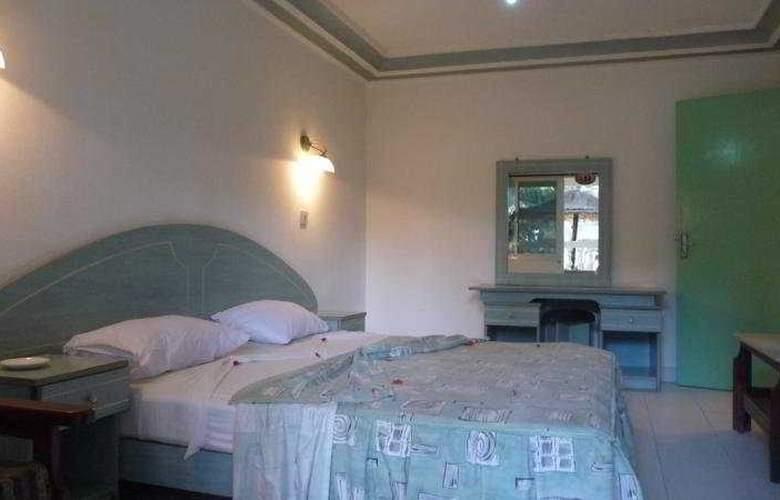 Palm Beach Hotel - Room - 2