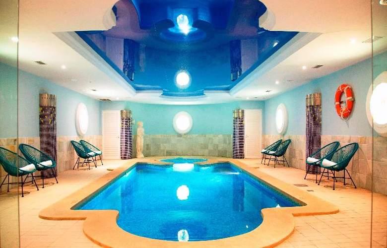 La Pergola Aparthotel - Pool - 53