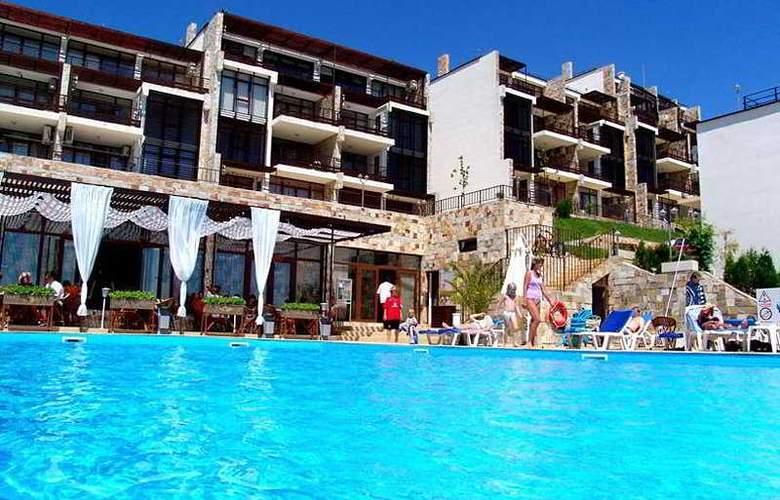 Dolce Vita - Hotel - 0