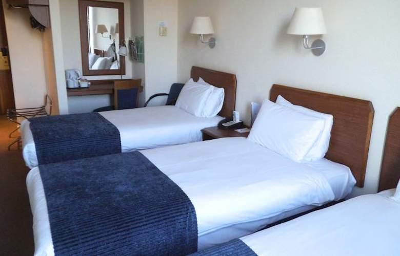 Britannia Airport Inn - Room - 6