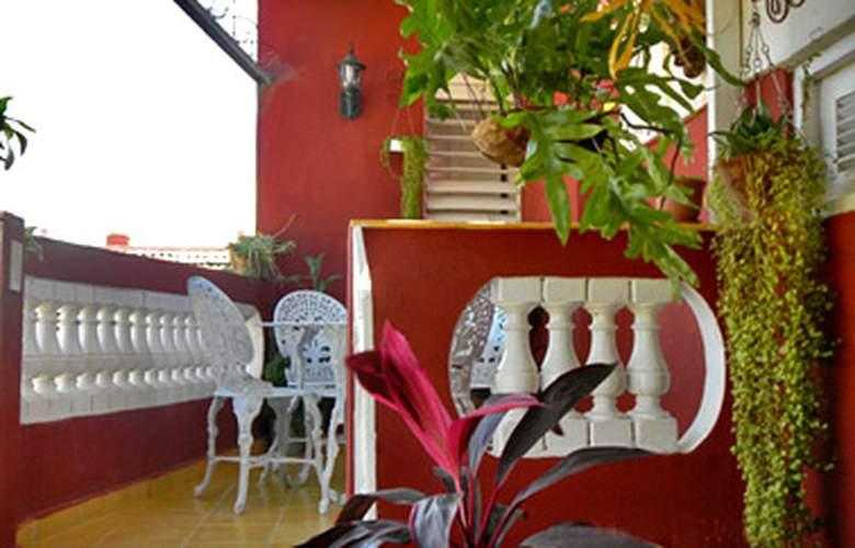 Hostal Ana Mari y Pablito - Terrace - 2