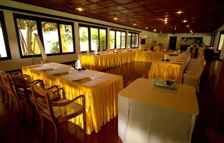 Amaya Lake Dambulla - Conference - 15