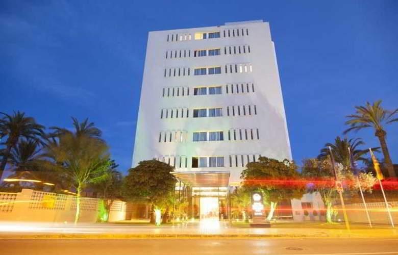 Sirenis Tres Carabelas & SPA - Hotel - 9