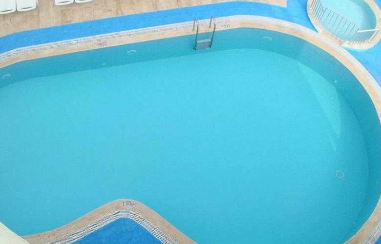 Musti's Family Apart - Pool - 6