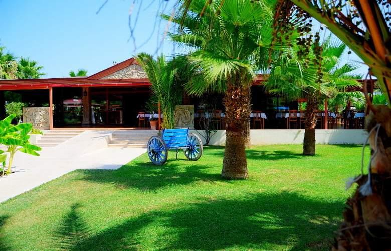 Club Keskin Hotel - Restaurant - 7