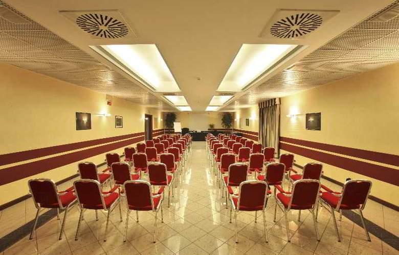 Airport Meeting Center Bergamo - Conference - 8
