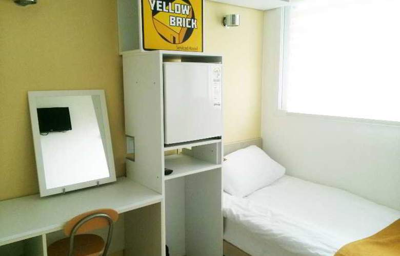 Yellow Brick Hotel 1 - Room - 7