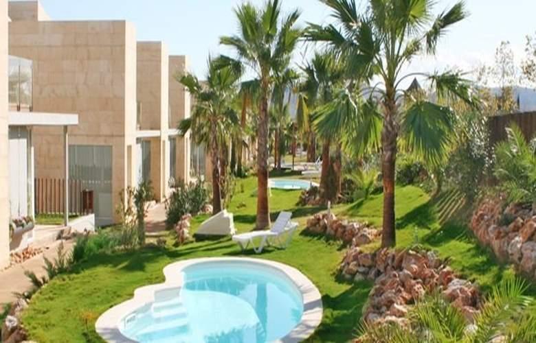 L'Escala Resort - Hotel - 0