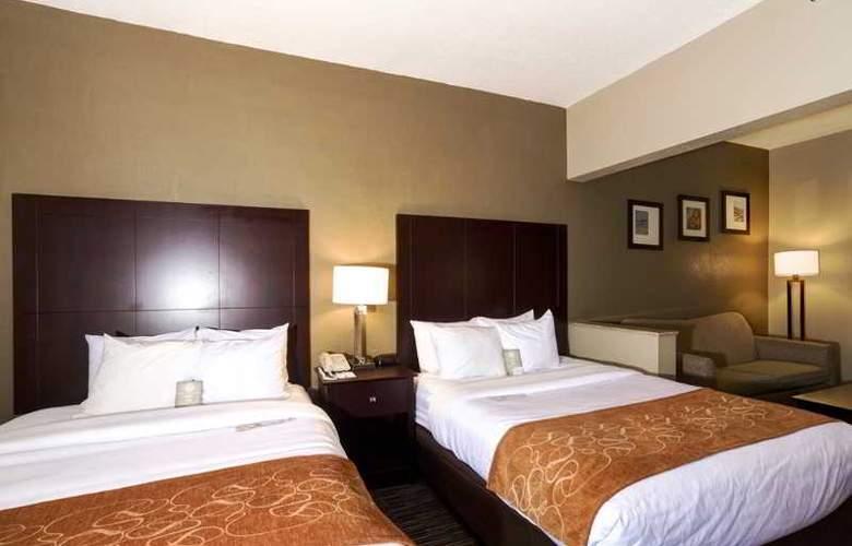Comfort Suites - Room - 6