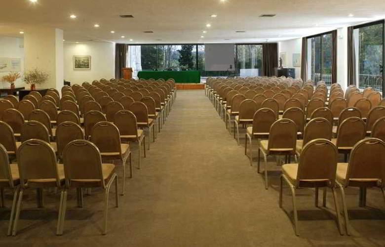 Amalia Olympia - Conference - 5