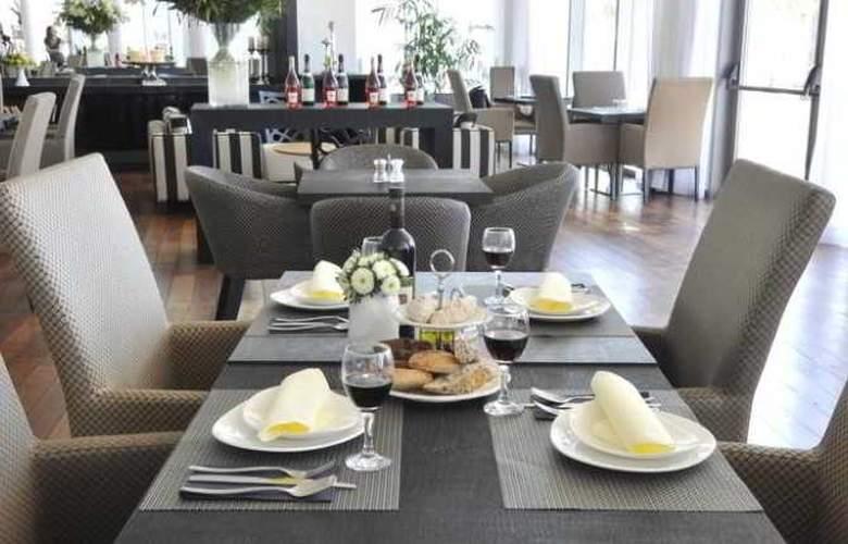 West Hotel - Restaurant - 8