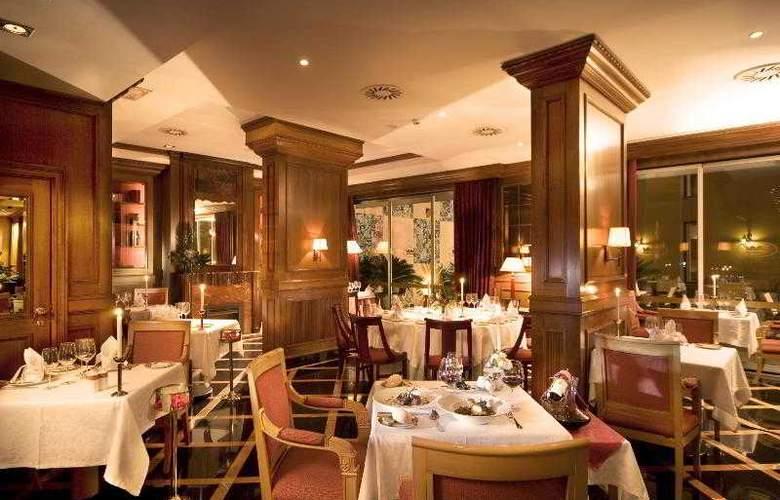 Real Palacio - Restaurant - 21