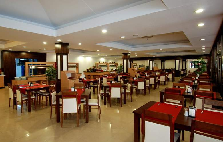Club Hotel Golf - Restaurant - 12
