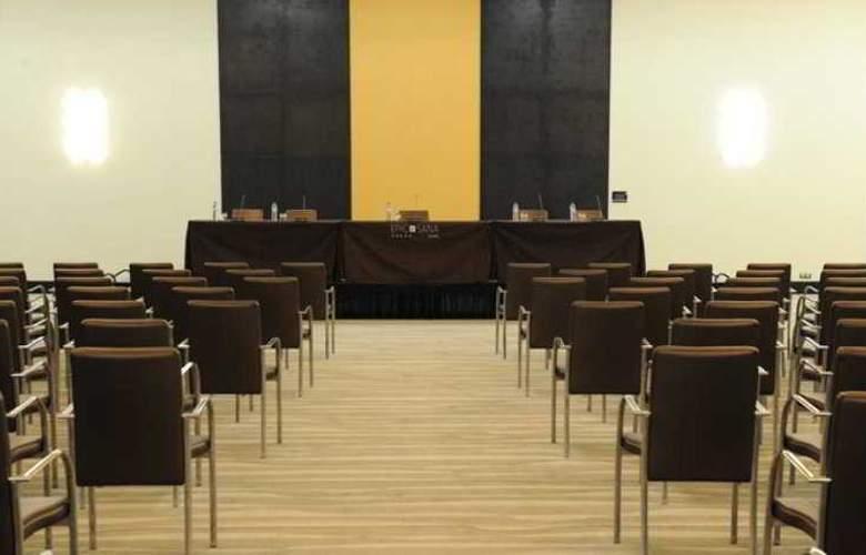 Epic Sana - Conference - 17