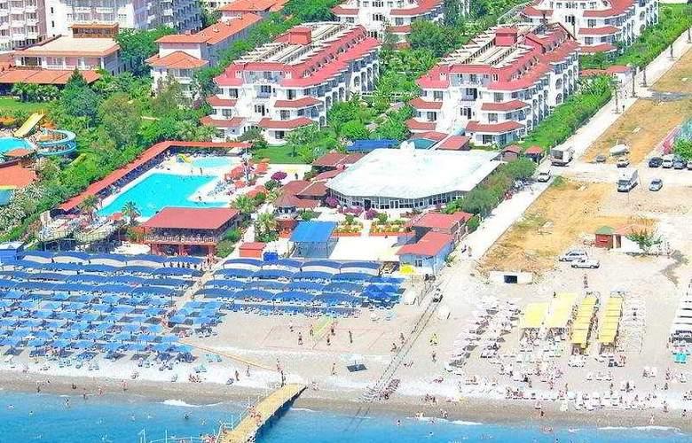 Sailor's Beach Club - Hotel - 0