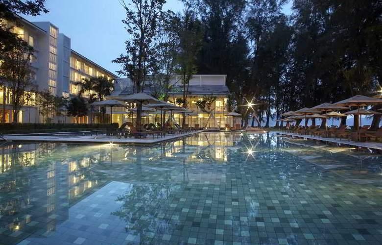 Lone Pine Hotel Penang - Pool - 32