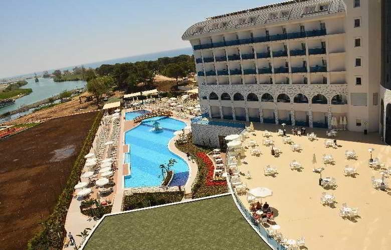 Water Side Delux Resort - Pool - 45