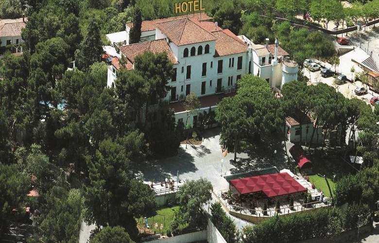 El Castell - Hotel - 1