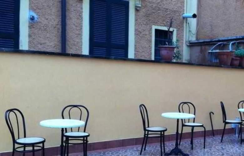 HOTEL PRESTIGE PORTAMAGGIORE - Terrace - 3