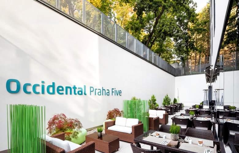 Occidental Praha Five - Terrace - 33