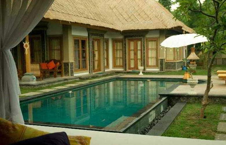 Taman Sari Bali Cottages - Pool - 3