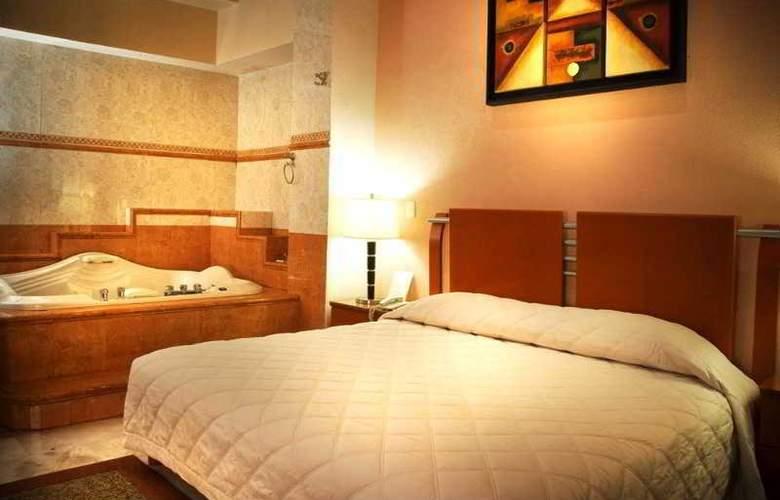 Hotel Suites Campestre - Room - 4