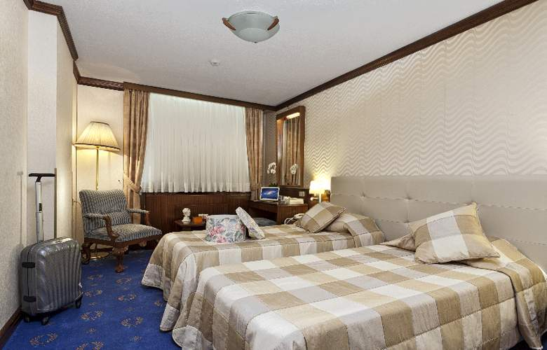 Best Hotel - Room - 3