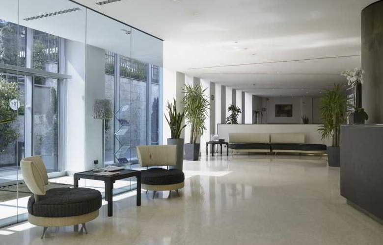 NH Bergamo - Hotel - 8