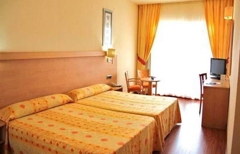 Best Benalmadena - Room - 2
