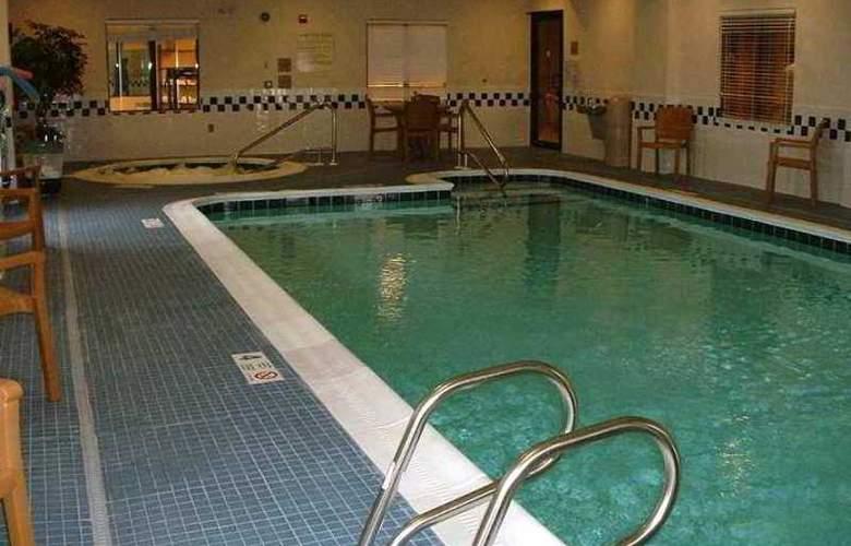 Hampton Inn Batavia - Hotel - 8