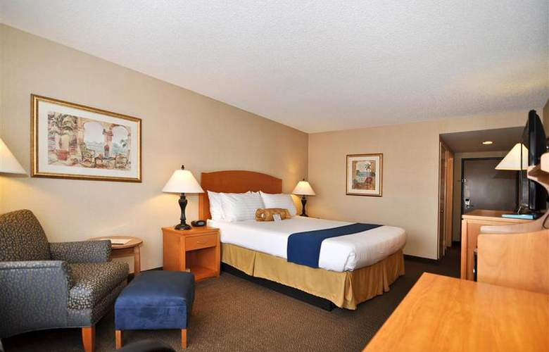 Best Western Plus Anaheim Orange County - Room - 45