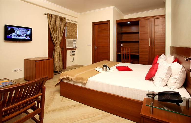 Indira International Inn - Room - 2
