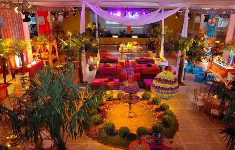 Plaza Sao Rafael Hotel e Centro de Eventos - Bar - 2