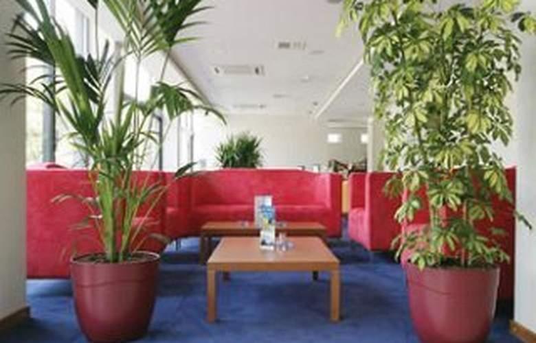 Best Western Art Hotel - General - 3