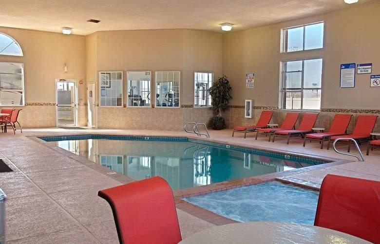 Best Western Plus Lubbock Windsor Inn - Pool - 28